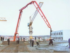 truck mounted concrete pump