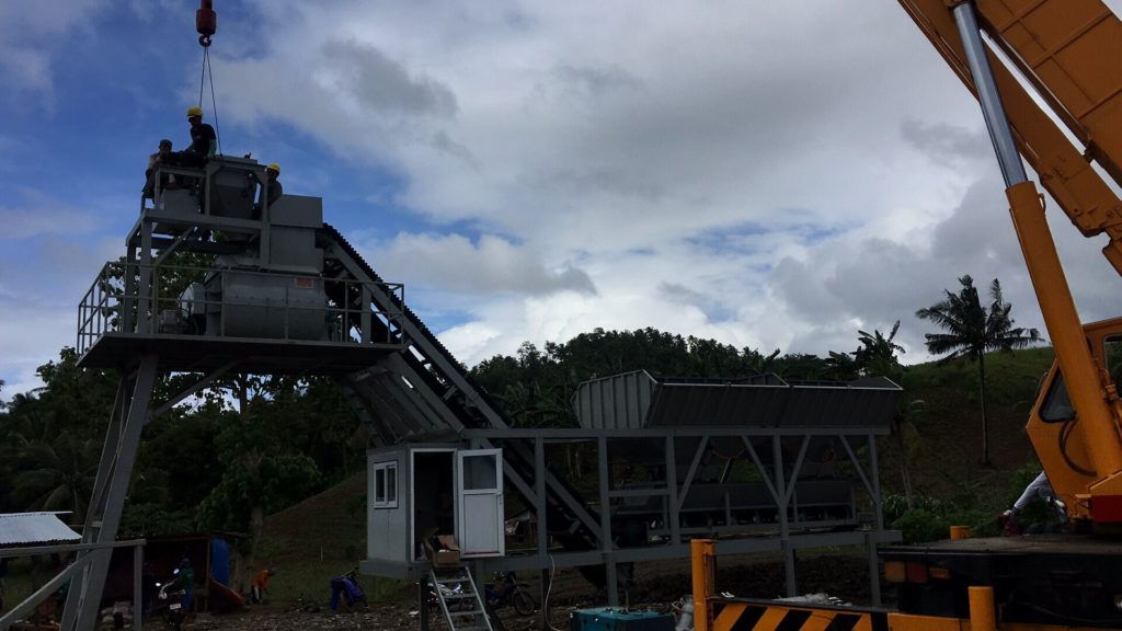 HZS35 mobile concrete batching plant was installed in Philippines